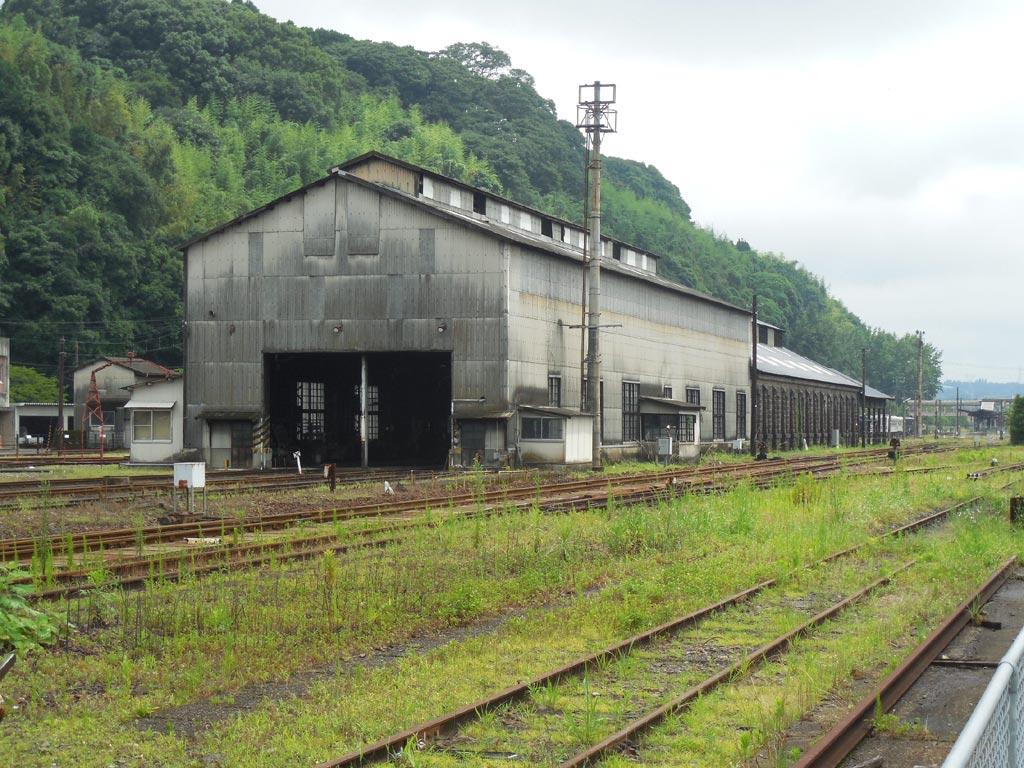 人吉駅の石造りSL車庫