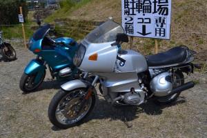 新旧2世代のBMWバイク