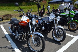 suzuki と Hondaのナナハン