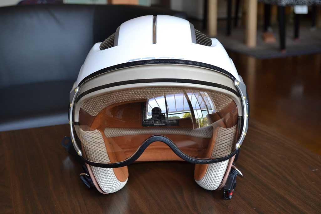 夏用涼しいヘルメット