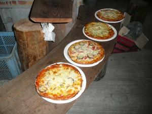 お土産のピザ