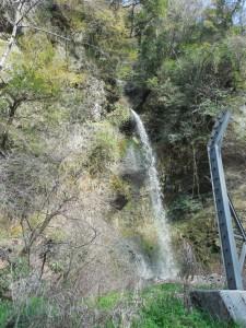 九酔渓入り口の滝