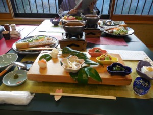 まずは夕食は日本酒からです。